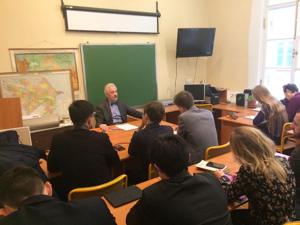 Лекция специалиста по исламскому праву Леонида Сюкияйнена